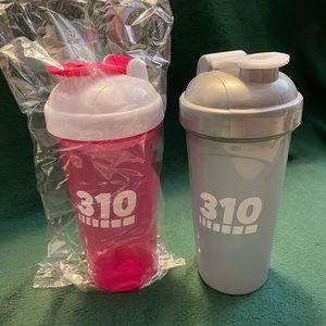 Set of 2 310 Shake cups